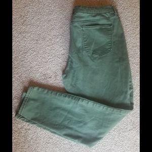 Olive green high rise plus skinny ankle jeggings